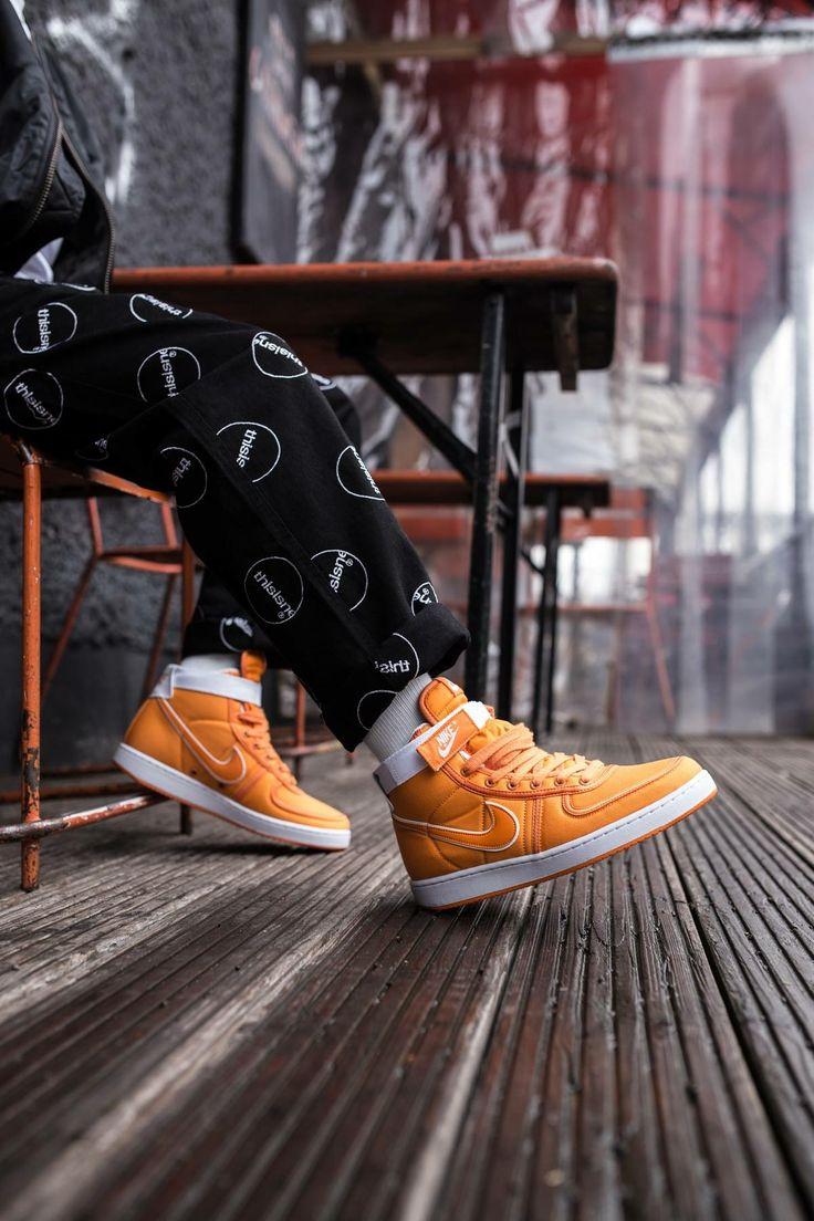Nike Vandal Mid Supreme