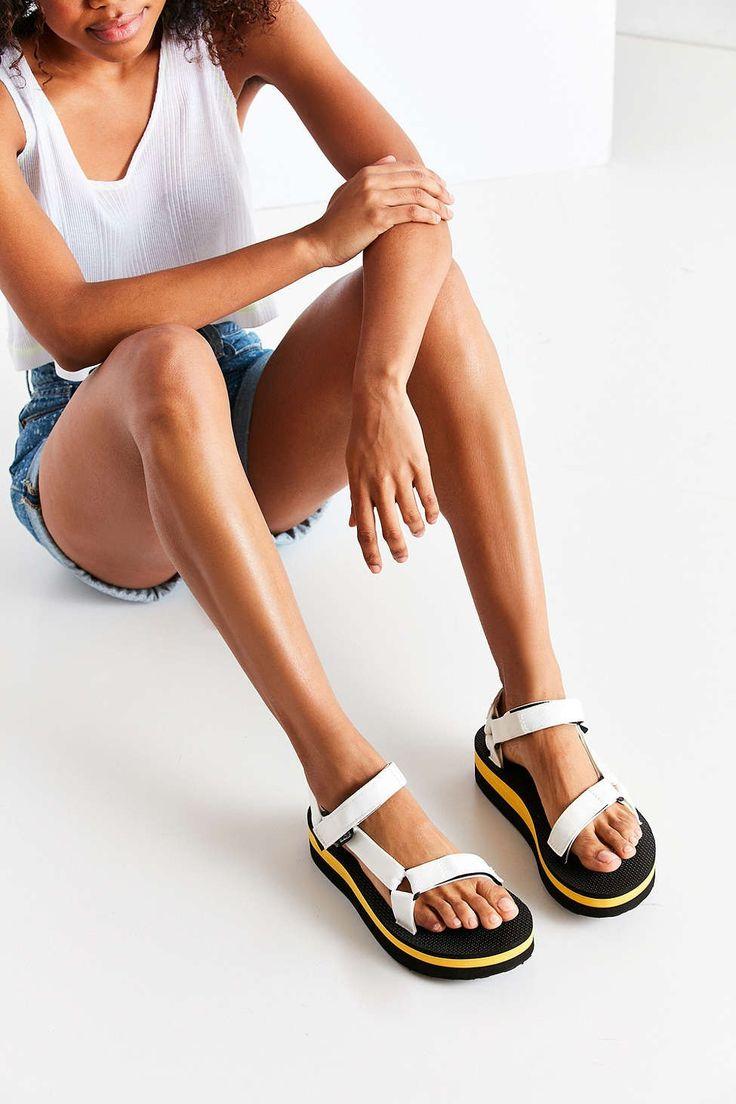 Teva Flatform Sandal - Urban Outfitters
