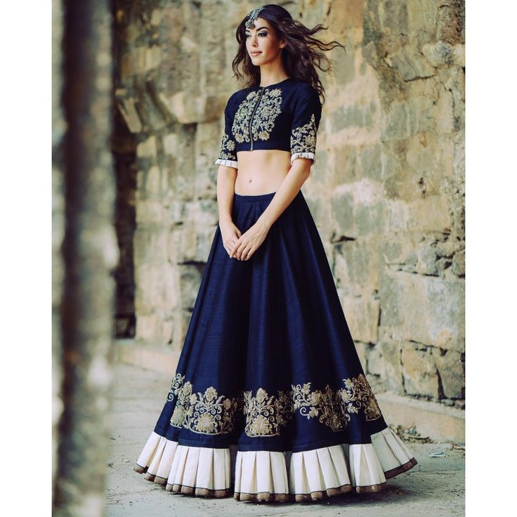 Mindbloing Navy Color Heavy Embroiderey Work Semi Stitch Lehenga Choli at just Rs.2475/- on www.vendorvilla.com. Cash on Delivery, Easy Returns, Lowest Price.