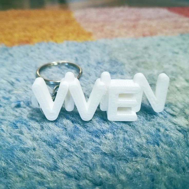 Custom 3D Printed Gift. Keychain for Vivien's birthday.  #3dprints #3dprinted #keychain #keyring #kulcstartó #vivien
