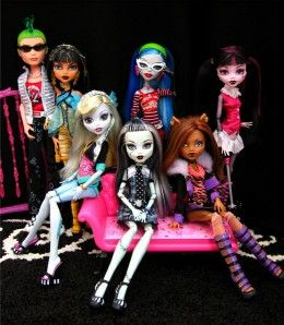 Monster High Party Games - Birthday Fun... Belle