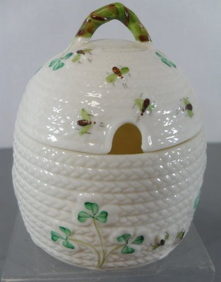 Vintage Belleek Honey Pot I just bought one of these - can't wait 'til it gets here!