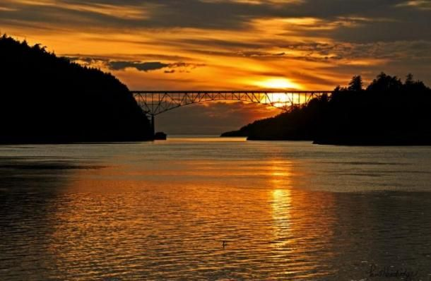 Sunset over the bridge at Deception Pass State Park in Oak Harbor, WA. Beautiful!