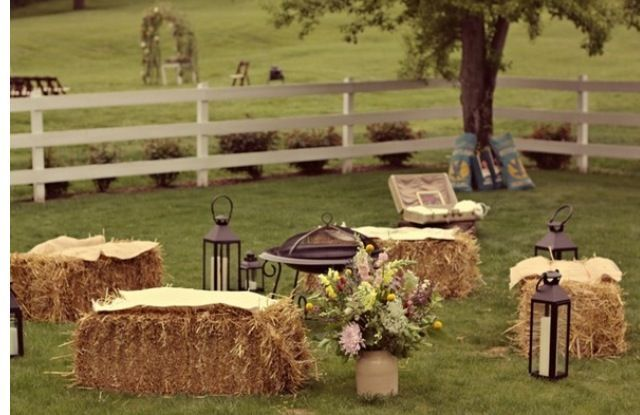 Hay Bale Wedding Fire Pit In The Middle Wedding Diy