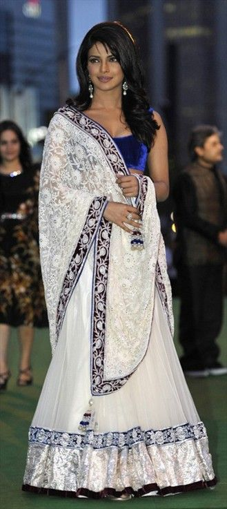 76199, Wedding Lehngas, Bollywood Lehenga, Net, Faux Georgette, Lace, Sequence, Resham, White and Off White Color Family