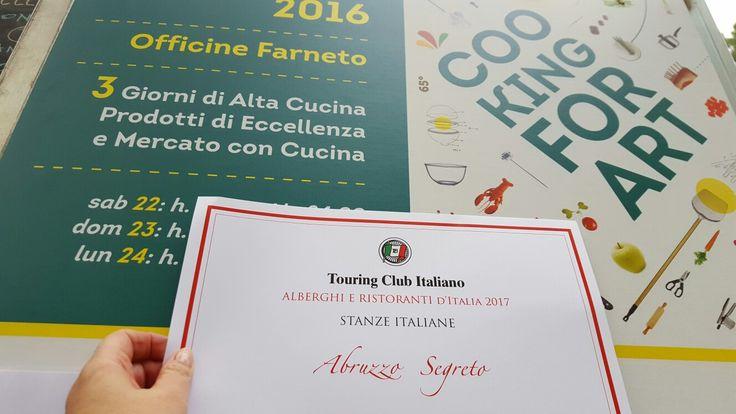 """Oggi per il 6° anno consecutivo abbiamo ricevuto il Premio Stanze Italiane insignito al nostro bed & breakfast Abruzzo Segreto  dal Touring Club Italiano! *********************************************************** Today for the 6th year in a row we recived the award """"Stanze Italiane"""" from Italian Touring Club for our bed & breakfast Abruzzo Segreto! #Abruzzo #Travel #Italy #StanzeItaliane #touringclubitaliano #AbruzzoSegreto #OfficineFarneto #tci"""