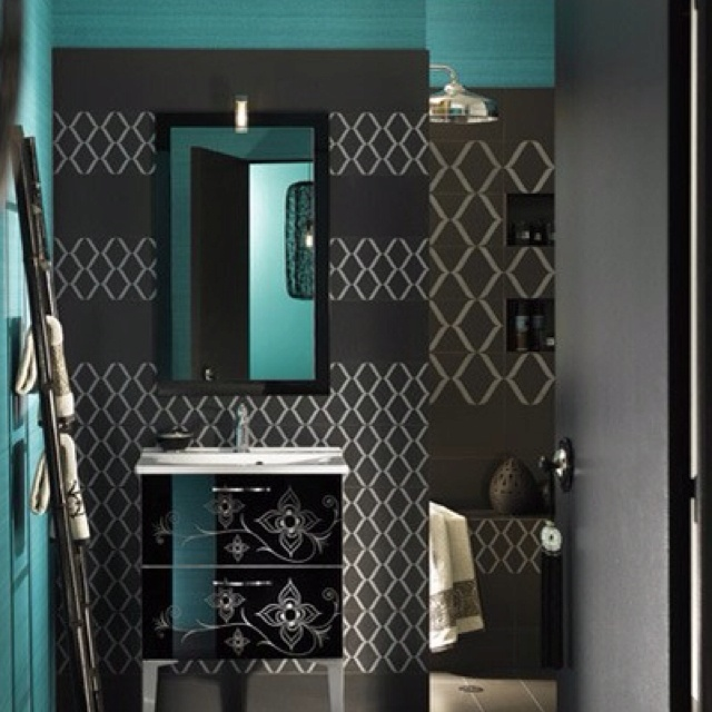 17 best images about bathroom on pinterest toilets for Teal and gray bathroom ideas