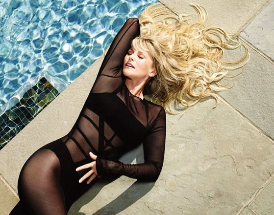 chritie brinkley smiw suit photo by pool | 59 Year Old Christie Brinkley Returns To Swimsuit Modeling After A 30 ...