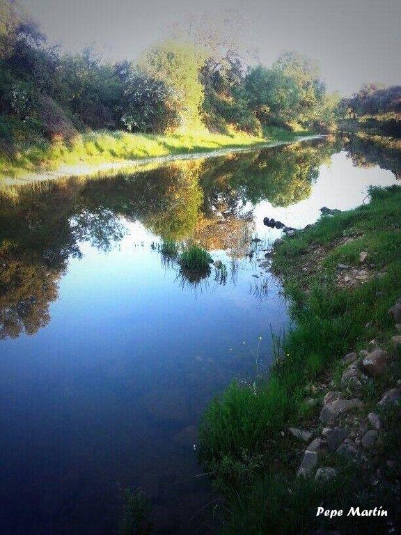 Río valdeazogues