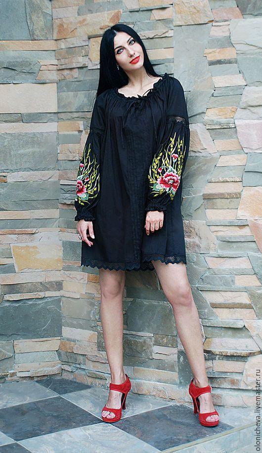 Платья ручной работы. Вышитое черное платье до колен