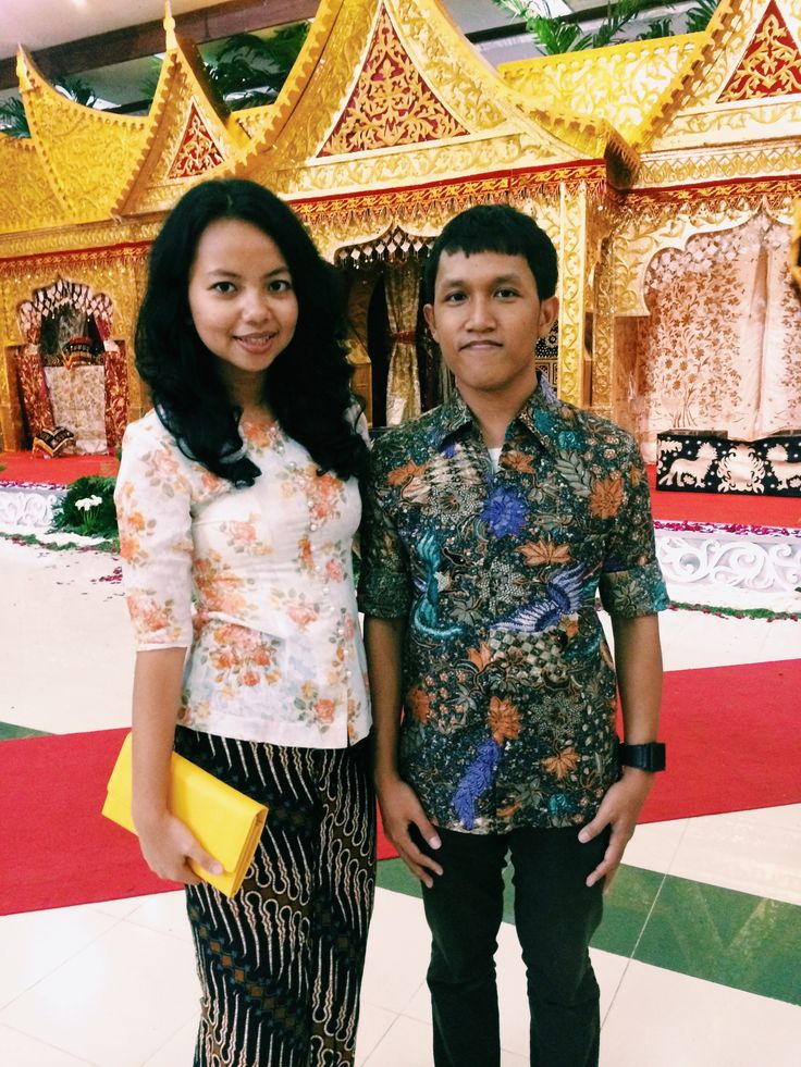 Kebaya, wiron, & batik on kondang-in  Tegar & Tiara's Wedding