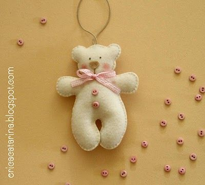 Operation Christmas Child Ideas - Felt bear