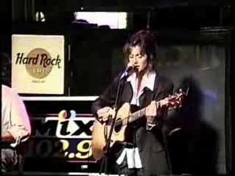 Amy Grant - Baby, Baby (Live)