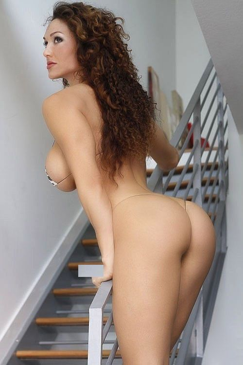 Loni evans naked