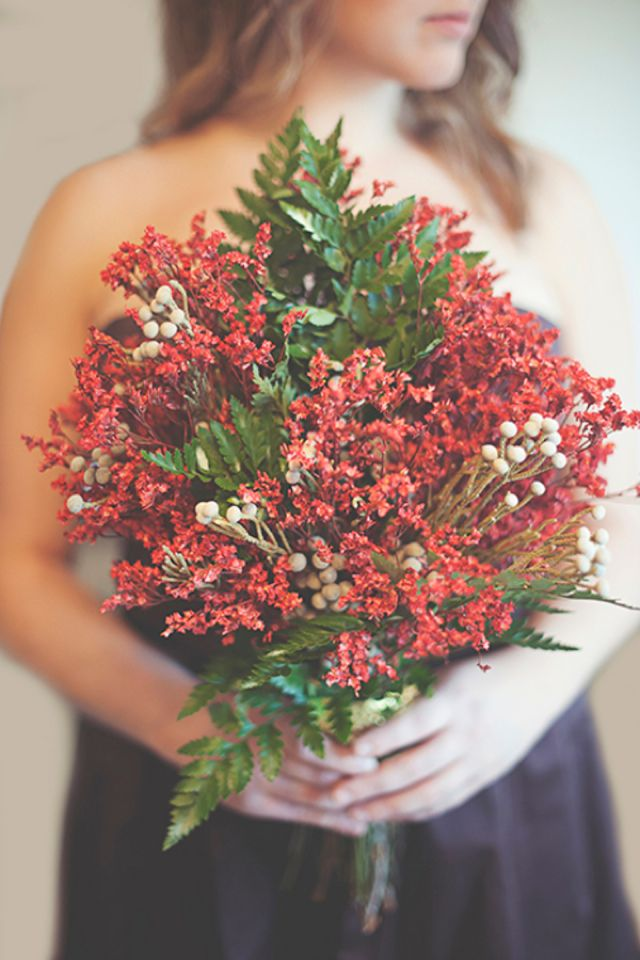 Valentines bouquet | Ashlee Mintz Photography | see more on http://burnettsboards.com/2014/02/valentine/