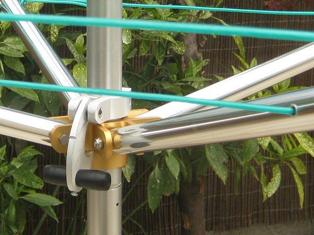 Rotary clothesline deluxe top spinner