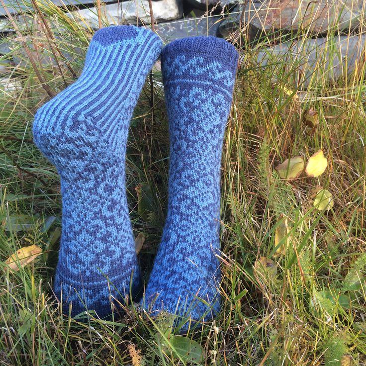 Ravelry: liwes' Blue socks