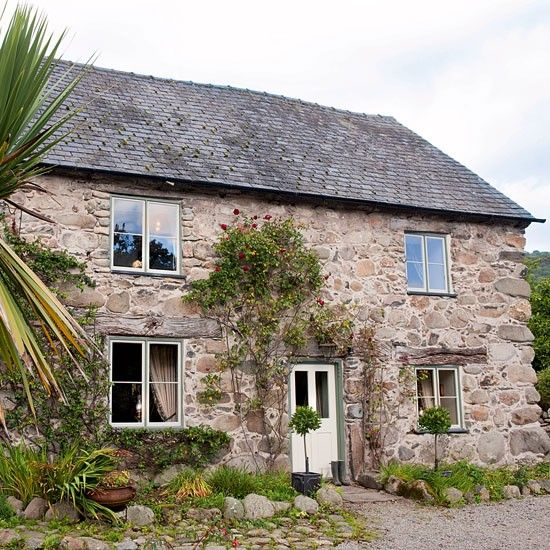 Exterior   Welsh farmhouse   Country Homes & Interiors house tour   PHOTO GALLERY   Housetohome