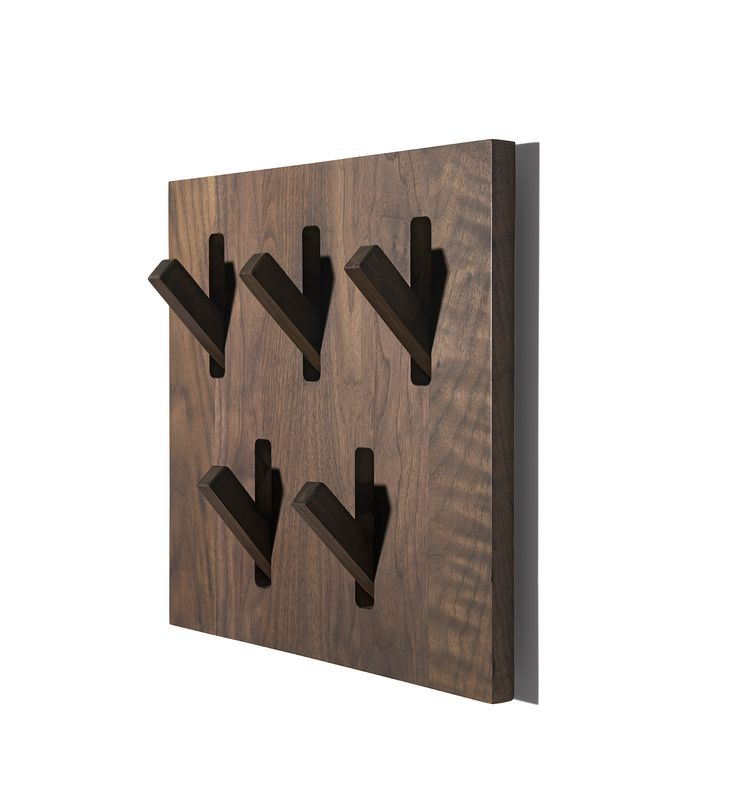 Utilitile Hooked Wall Hanger