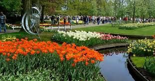 Belanda , negeri yang terkenal dengan kincir angin dan dam raksasanya ini , Menjadi salah satu kota yang bisa anda kunjungi di Paket Tour Ke Eropa Bersama Kami ...