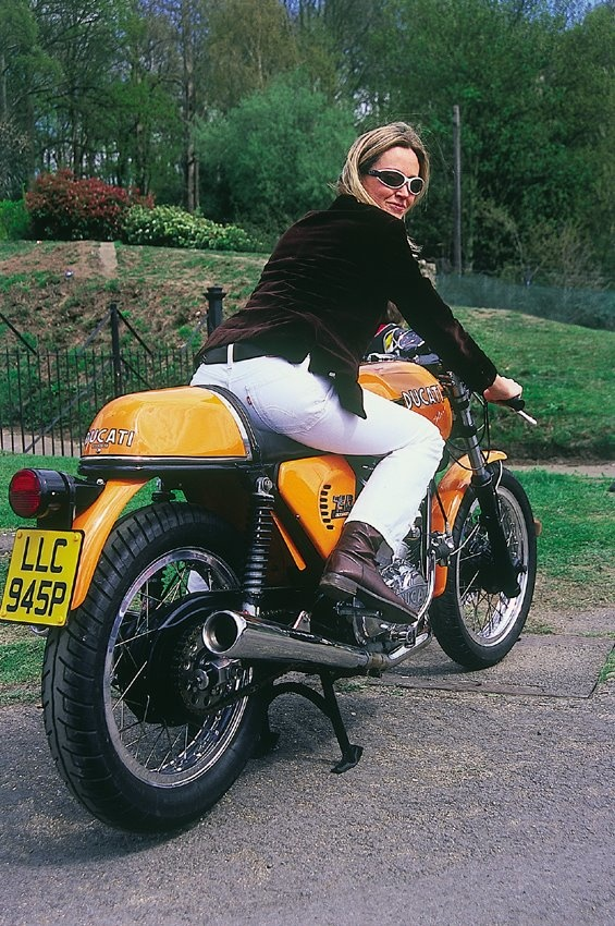 3 Wheeled Sports Car >> Classic Ducati Girl   Cool girls on cool bikes   Pinterest ...