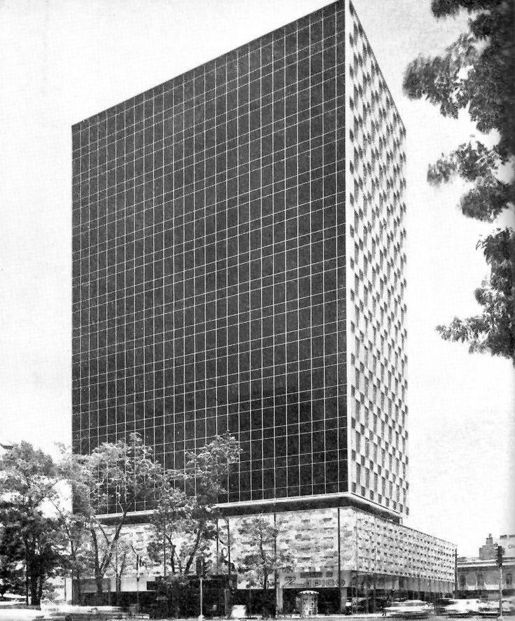 Seguros La Comercial, Paseo de la Reforma 116, Col. Juárez, México DF 1964   Arqs. Héctor Mestre y Manuel de la Colina