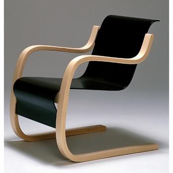 Another Alvar Aalto classic, Armchair 42. Nice flowing lines.