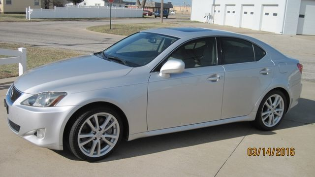 $13,027.00 - 2006 LEXUS  SEDAN 4D IS 350 3.5L V6;