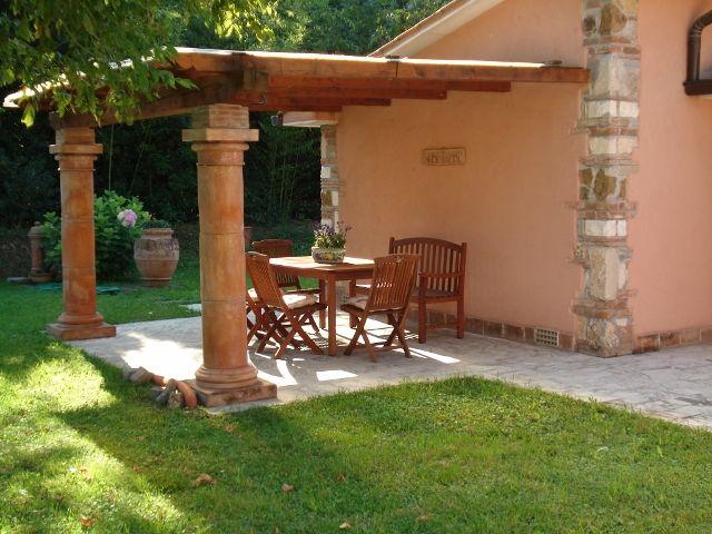 Villa Terra Tetto Pietrasanta Tonfano Mq 280 Giardino Mq 1300 http://www.agenziacioni.com/immobili/villa-terra-tetto-pietrasanta-tonfano-mq-280-giardino-mq-1300/# Rich. € 650.000 trattabili.
