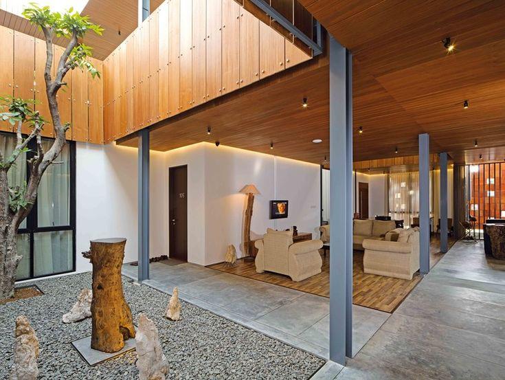 Akanaka / RAW Architecture, Courtesy of Ahkamal Hakim