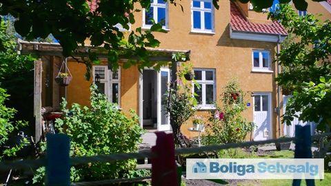 Carl Langes Vej 9, st., 2500 Valby - Villalejlighed med egen have i det eftertragtede 'Lyset' #villalejlighed #ejerbolig #valby #selvsalg #boligsalg #boligdk