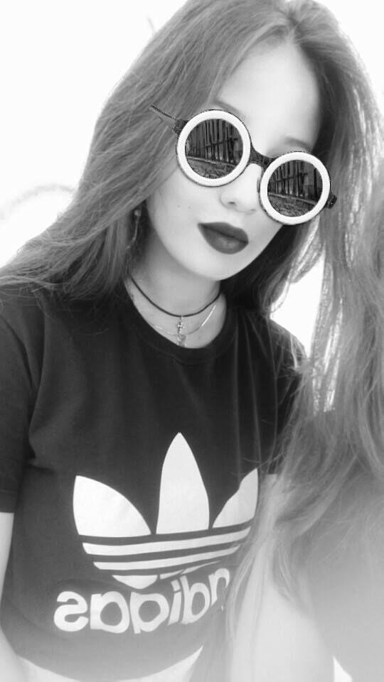 Black n white snapchat filter #adidas