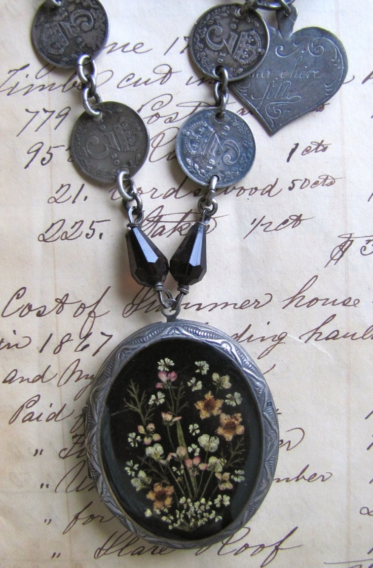 find pin pinterest shereeloane this and love more coin by on jewelry lockets my