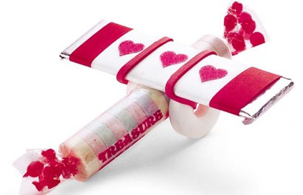 valentine's day airplane banner