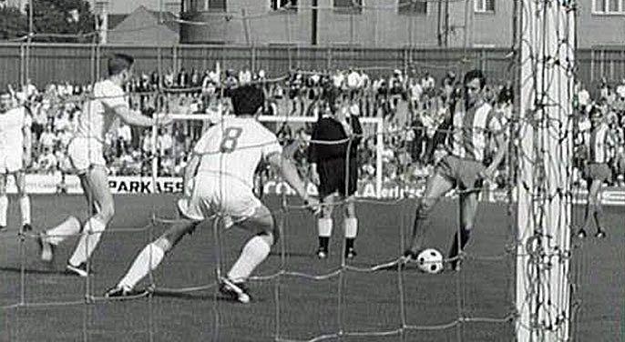 Beckenbauers Meistertor gegen Kickers Offenbach