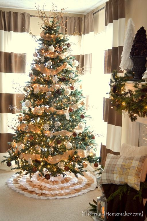 2012 Neutral Christmas tree