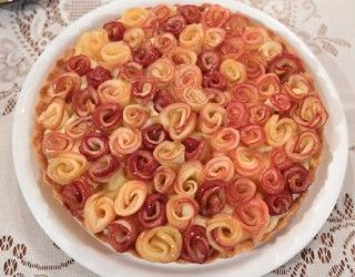 Nurselin Mutfağı Elmalı Turta Tarifi