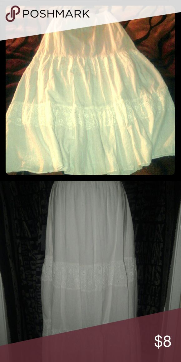 White body central skirt. white body central 37 inches skirt. Double lining so it is not see through. Body Central Skirts Maxi