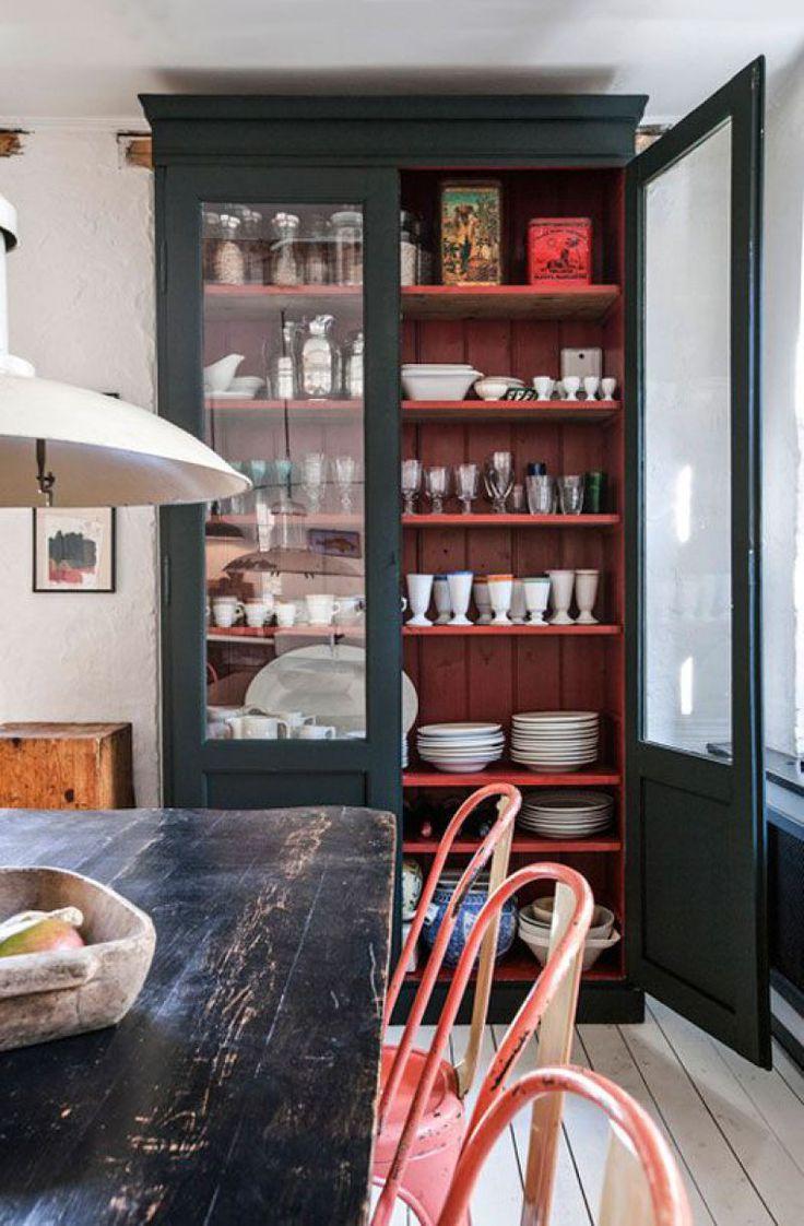 woonhome-inspiratie-interieur-keuken-woonkeuken-servieskast-landelijk-vintage