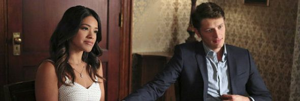 JANE THE VIRGIN Exclusive Video: Jane and Michael Undergo Pre-Marriage Counseling | Give Me My Remote