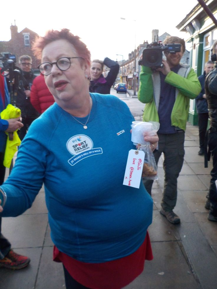 Jo Brand with her Team Honk fudge - meeting Jo Brand on her epic walk from Hull to Liverpool in #Doncaster #GoJo