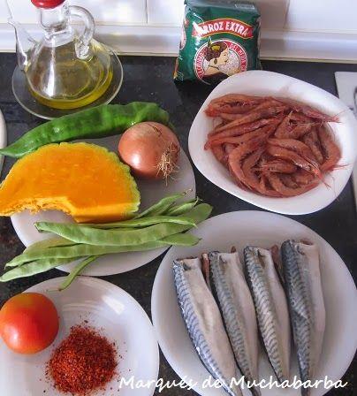 Éste es un arroz típico de marineros que me ha facilitado Mila, una amiga de La Vila (Alicante). Su padre tiene un barco de pesca y es...