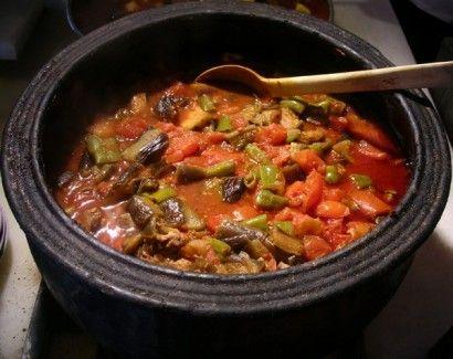 Safranbolu Güveçi Tarifi - Safranbolu Güveçi yapımı için gereken malzemeler ve yapılışı Yemek tarifleri -tr.com'da