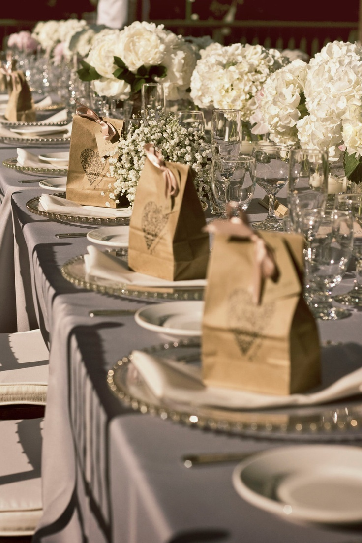 Personalized Kraft Favor Bags  -  Set of 10  - Ornate Heart - Two Bag Sizes Available You Choose Ribbon Color. $17.50, via Etsy.: Tablesettings, Table Settings, Wedding Favor Bags, Favors, Wedding Ideas, Paper Bags, Bag Sizes, Choose Ribbon