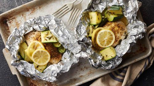 Wrap a handful of ingredients in foil and throw them on the grill (or oven) … …   – Foil Pack Recipes