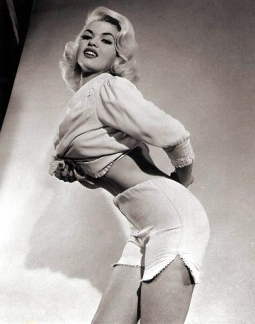 457 best images about jayne mansfield on pinterest for How old was jayne mansfield when she died