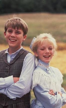 """Sarah Polley and Joel Blake """"Road to Avonlea"""" (1990)"""