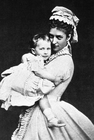 Alexandra, Princess of Wales, holding her daughter, the future Queen Maud of Norway.