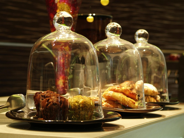Hotel - Crowne Plaza Johannesburg - The Rosebank - Our Rosebank Cafe offers a great selection of pastries. The perfect on the go snack.