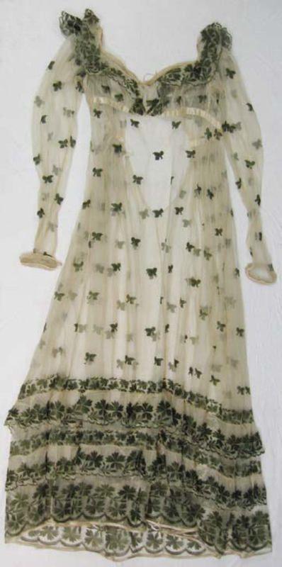 ca. 1810: Bees, 1810 Sur, Dresses Up, Vivaci Vintage, Regency Fashion, Vintage Dream, Regency Periodic, 1800 1810, Sur Robe